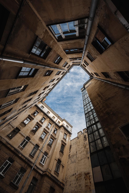 10-я линия В.О., 7 - Санкт-Петербург