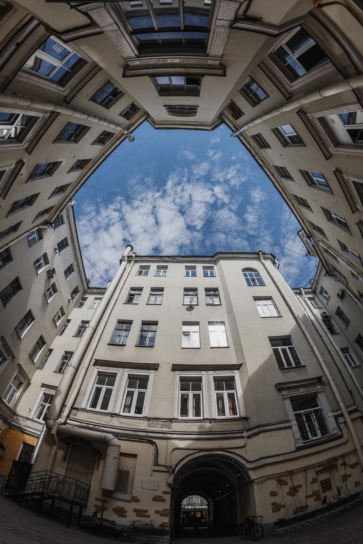 Невский проспект, 5 - Санкт-Петербург